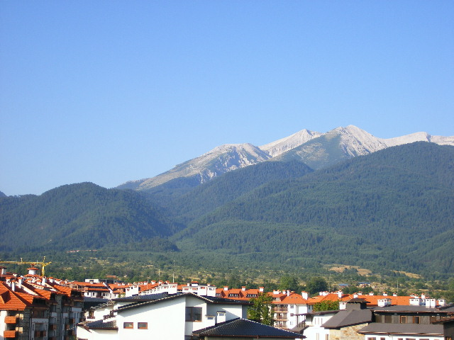 Bansko_Royal_Towers_View_bell_tower.JPG
